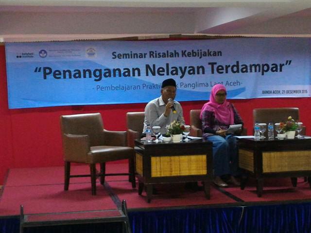 Kadis Kelautan & Perikanan Aceh bersama Raihal Fajri (Direktur Katahati Institute)